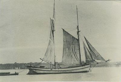 KEEPSAKE (1880, Scow Schooner)