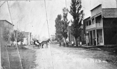 Old Main Street, Hillman