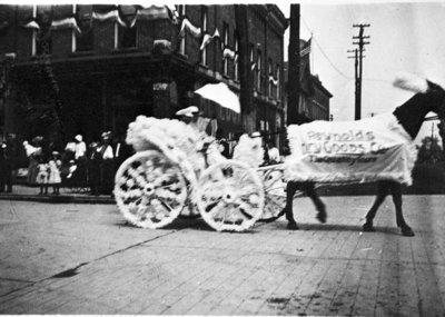 Reynold's Dry Goods Company Parade Float