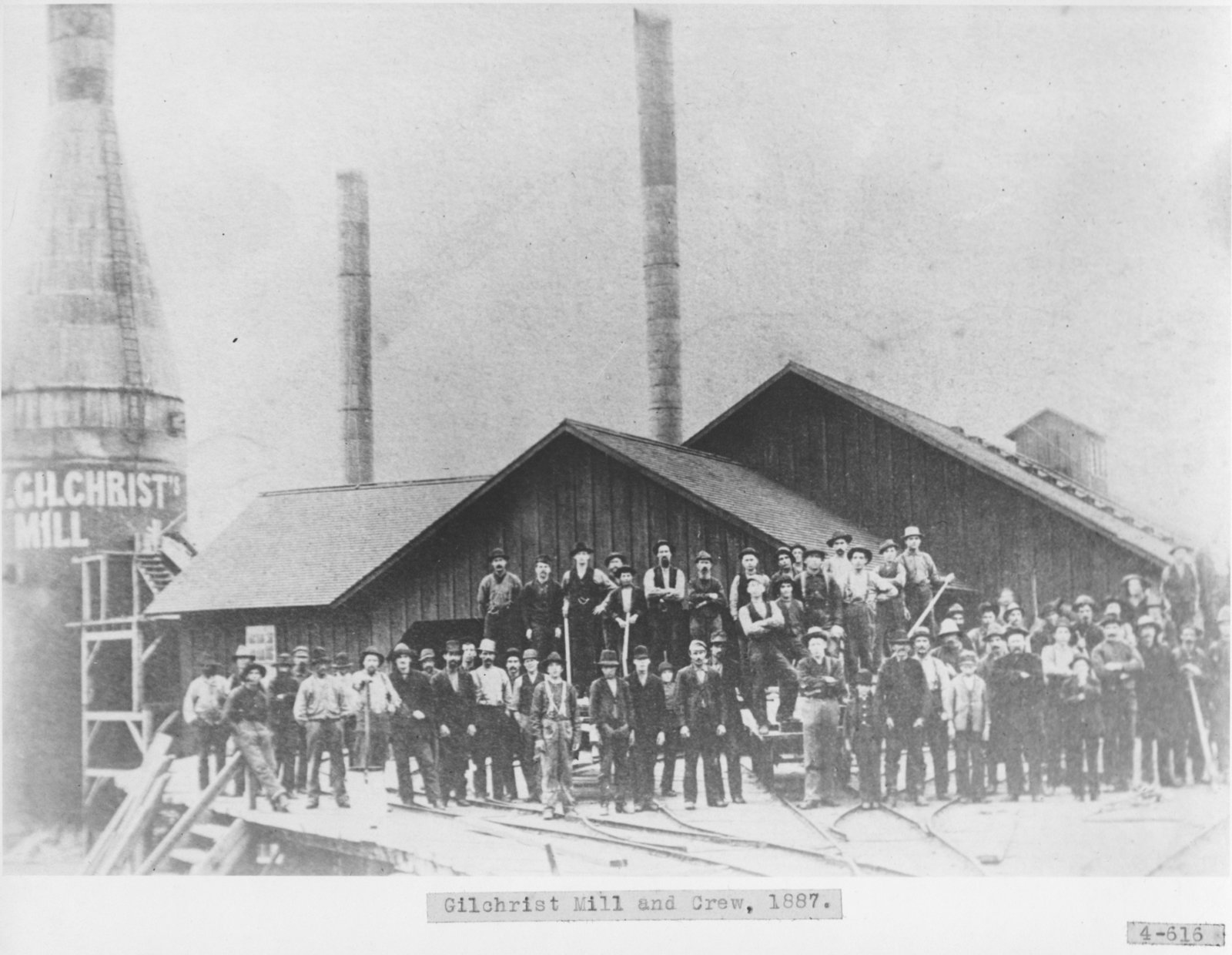 Gilchrist Mill and Crew