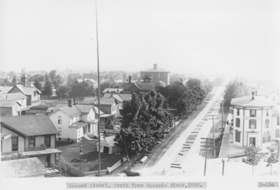 Second Avenue, South of Downtown Alpena