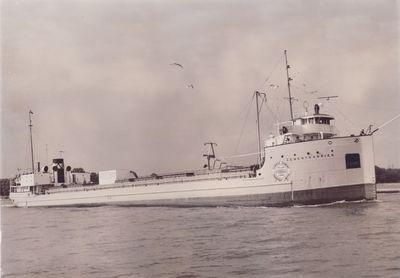 CEMENTKARRIER (1930, Bulk Freighter)