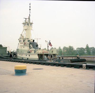 CHRISTINE E. (1975, Tug (Towboat))