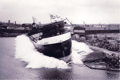 DETROIT EDISON (1955, Bulk Freighter)