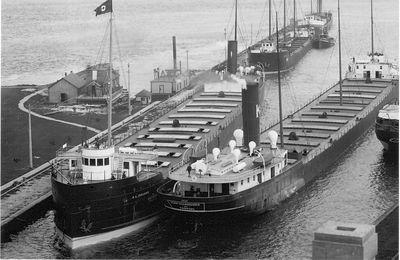R.L. IRELAND (1903, Bulk Freighter)