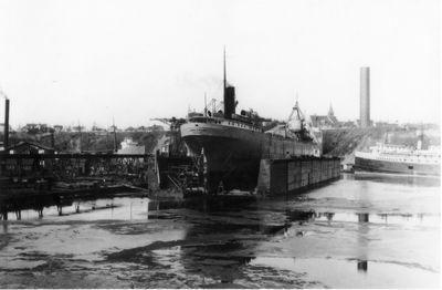 JOHN A. KLING (1922, Bulk Freighter)