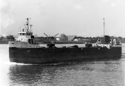 LACHINEDOC (1956, Bulk Freighter)