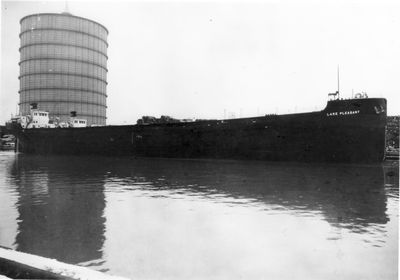 LAKE PLEASANT (1918, Package Freighter)
