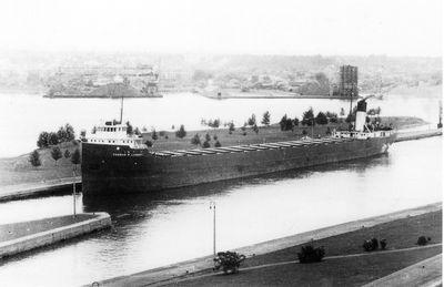 THOMAS W. LAMONT (1930, Bulk Freighter)