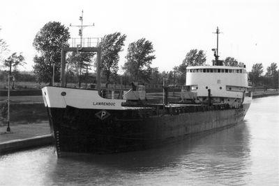 LAWRENDOC (1962, Bulk Freighter)