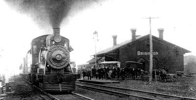 Train passing GT Station Brighton
