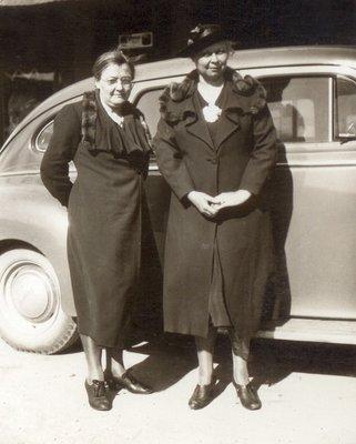 <b><font size = 4>Cora Josephine and Edith Louisa Clarke Valentine</b></font><BR>