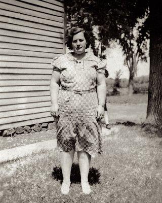 <b><font size = 4>Bessie Brooks</b></font>