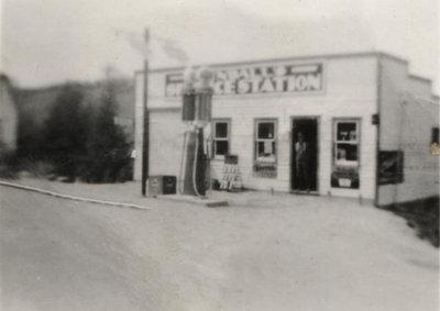 Albert Flindall's First Garage