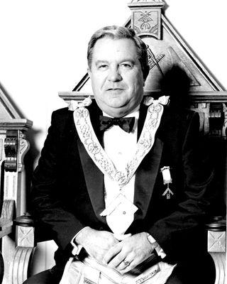 Leonard Ralph James