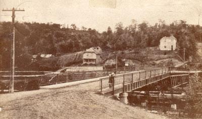 The Galna Bridge, Burk's Falls, circa 1915.