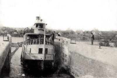 The Armour Going Through a Lock, Magnetawan, circa 1930