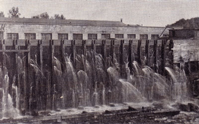 Flume with Many Leaks at Knight's Plant, circa 1915