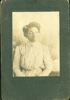 Photograph of Irene Bell age 16 years, 1909