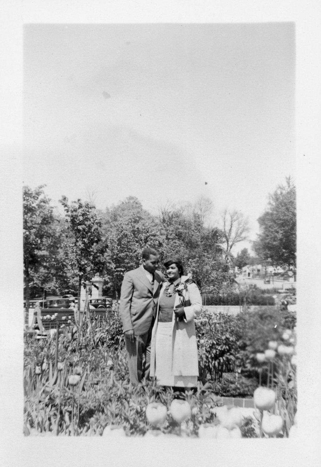 Richard and Iris Bell (nee Sloman) on their wedding day in 1939. Courtesy the Brock University Archives.