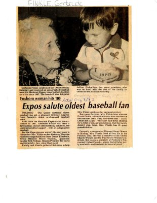 Expos salute oldest baseball fan