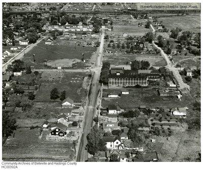 Aerial view of Stewart-Warner-Alemite Corp. plant