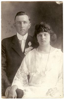 Mariage de / Wedding of Paul Emile Gingras & Emma Joly