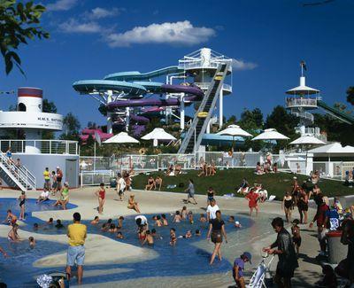 Ontario: Toronto - Ontario Place featuring waterplay area