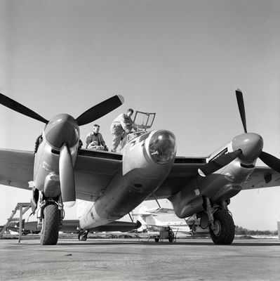 Spartan Air Services Mosquito with crew