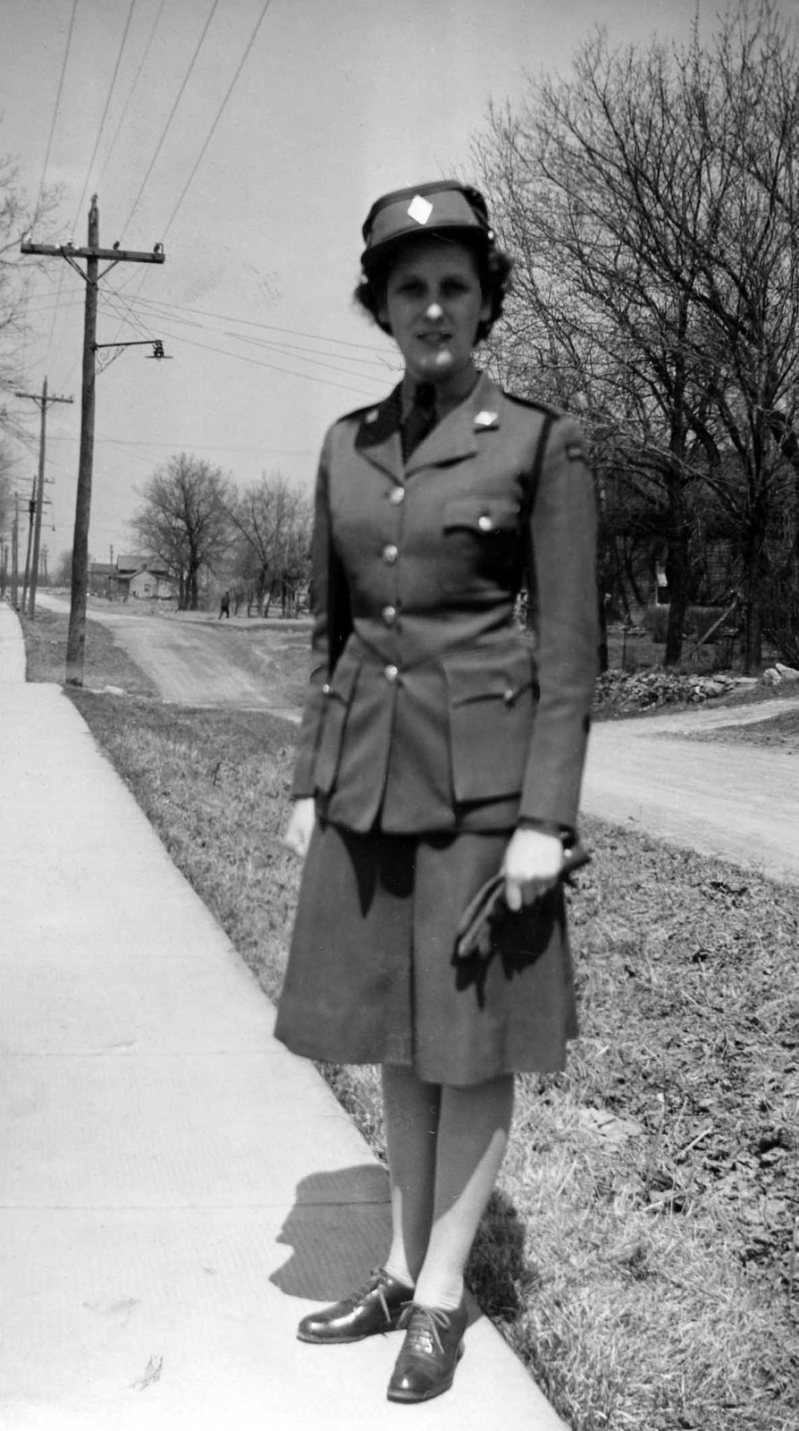 Private Jean Thacker on the day of her enlistment with the Canadian Women's Army Corps on 28 January 1943, at the Longue Pointe Barracks in Montreal. Courtesy the Kawartha Lakes Public Library Digital Archive.