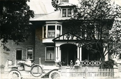 Locomobile 1910 in Front of Hall Home