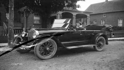 Dr. Hall's Car 1920s
