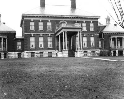 Original Ross Memorial Hospital 1920
