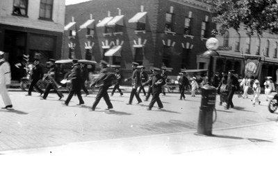 Parade in Lindsay
