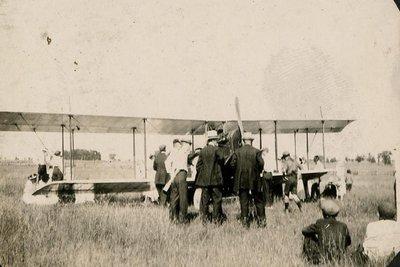 Lindsay Airplane 1919