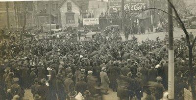Calvary in Victory Loan Parade