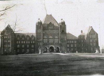 Queen's Park Toronto 1920