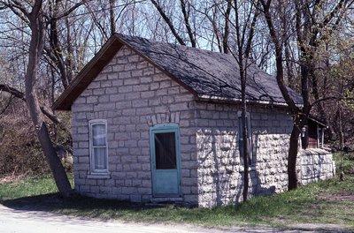 Coboconk, Stone Building