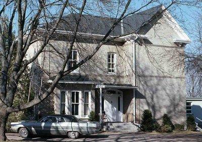 Cluxton Street, Kinmount, private dwelling
