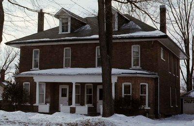 St. Paul Street, Lindsay, private dwelling