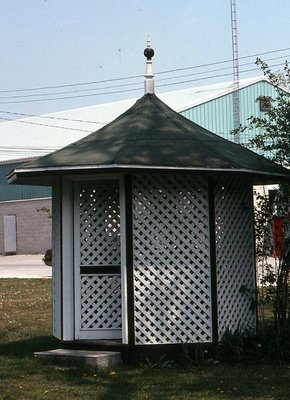 Summer house, Fenelon Falls