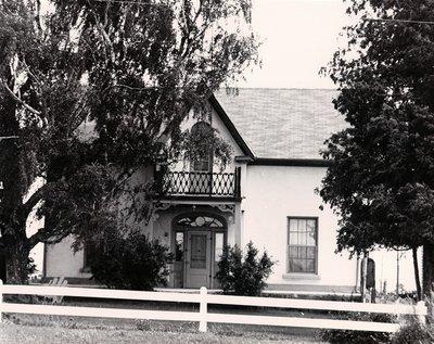 Frame house, Emily Township