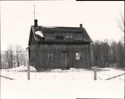 Frame house, Carden Township