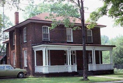 Glenelg Street East, Lindsay, private residence