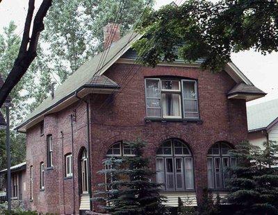 Bond Street, Lindsay, private residence