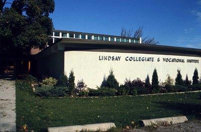 Lindsay Collegiate & Vocational Institute, Kent Street West, Lindsay