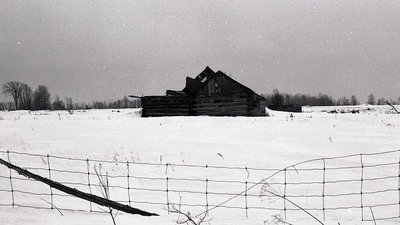 Log barn complex, 5th Line, Carden Township