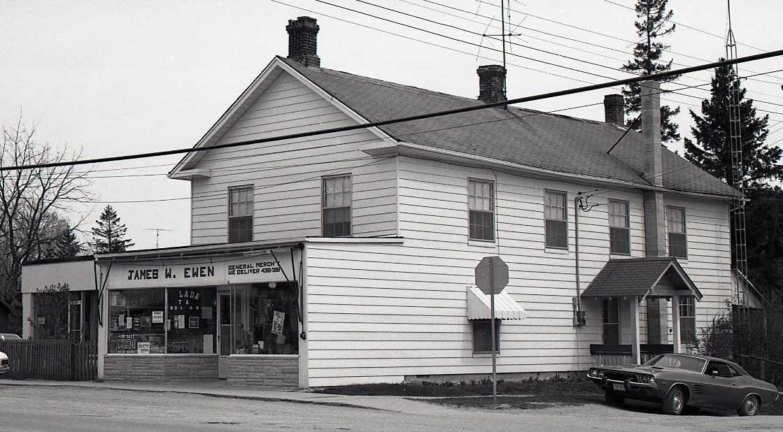 Store, Kirkfield