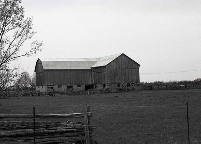 Barns, 9th Concession, Carden Township