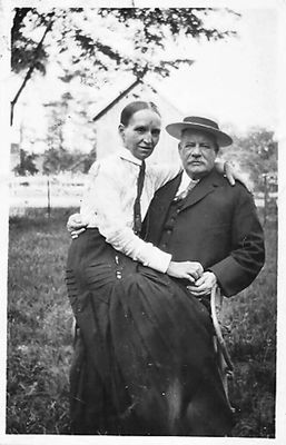 William Henry Hamilton + Margaret Emma Trennum, c1913